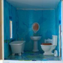 Salle de bain de la maison de poupées