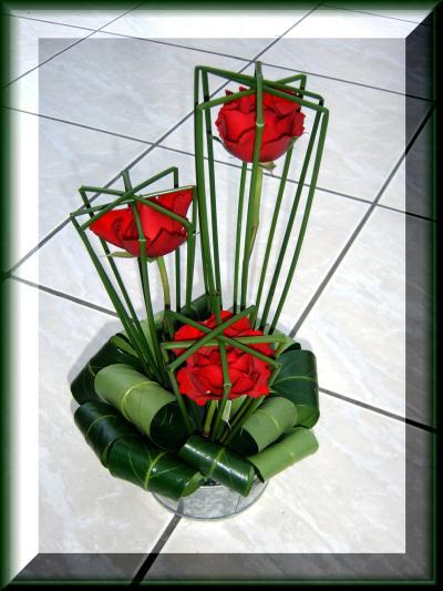 composition florale roses l 39 abri du jonc cr ation art floral de anniegau35 n 30 975 vue. Black Bedroom Furniture Sets. Home Design Ideas