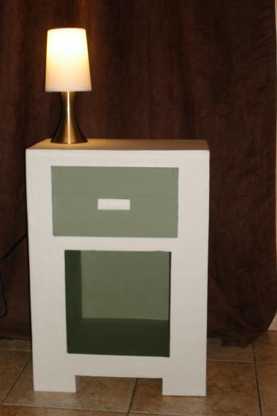 Table de chevet blanche et grise en carton cr ation - Table de chevet grise ...