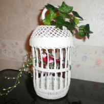 Cage a oiseaux porte dragées en crochet blanc