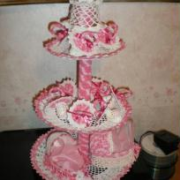 Presentoir pour  baptême  rose et blanc