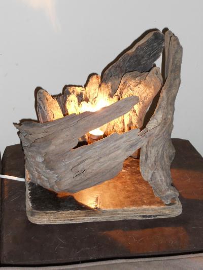 Lampe en bois flott la kolepi cr ation lampes et for Lampe en bois flotte creation