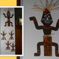 Grand Totem et petits totems africains