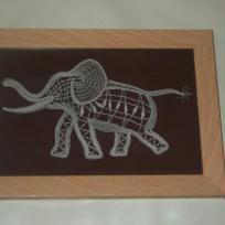 Un autre éléphant joyeux
