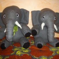 éléphants en tricot