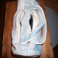 Petit sac pour nécessaire couture  banc et bleu