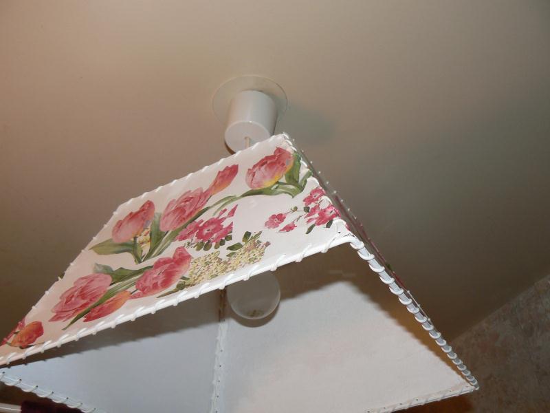 abat jour refait neuf avec des serviettes cr ation serviettes en papier de ptitcoeur n. Black Bedroom Furniture Sets. Home Design Ideas