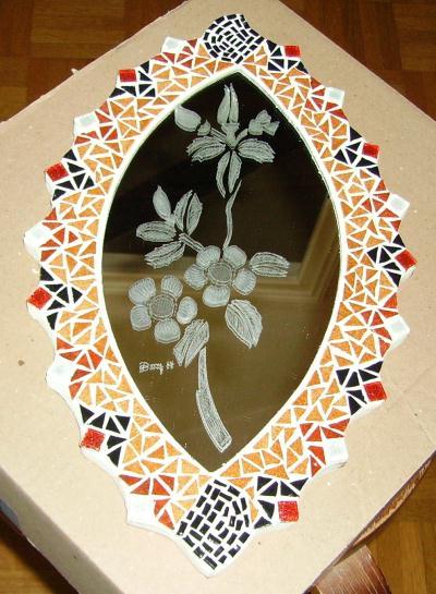 Miroir ovale en mosa que et gravure sur verre cr ation for Gravure sur miroir