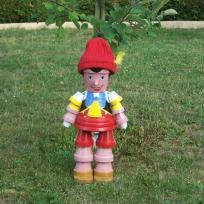 Pinocchio en  pot  de terre