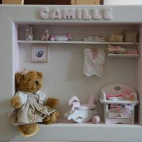 Vitrine de chambre pour Camille