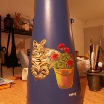Le chat aux géraniums pour Cathy