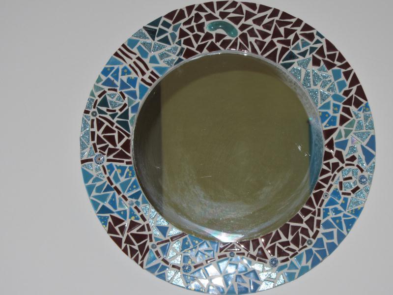 Miroir rond en mosa que couleur bleu et marron cr ation for Miroir rond mosaique