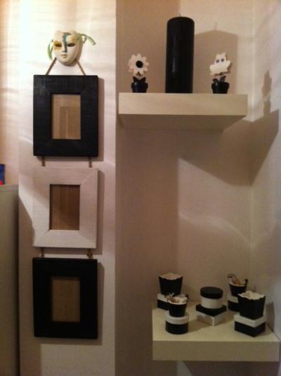 decoration couloir noir et blanc. Black Bedroom Furniture Sets. Home Design Ideas