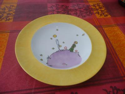 assiete en porcelaine le petite prince cr ation peinture sur porcelaine et verre de marie. Black Bedroom Furniture Sets. Home Design Ideas