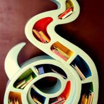 Grande Bibliothèque Serpent en carton pour chambre d'enfant