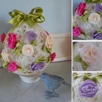 Création Oeuf de Pâques en fil et roses en ruban