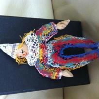 Création couture : Le Clown, figurine réalisée en dentelle torchon