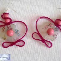 Création Boucles d'oreilles fleuries en résine pour la fin de l'été