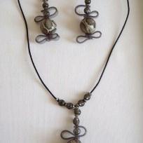 Création collier imitation serpent - pour femme hypnotique