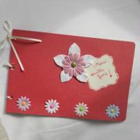 Création carnet scrappé - fleurs et attaches parisiennes