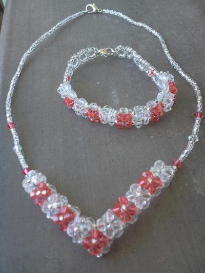 cr ation bijoux en perle de swarovski cr e la main cr ation perles et bijoux de djess3595 n. Black Bedroom Furniture Sets. Home Design Ideas