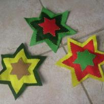 Création décoration de Noël : 3 étoiles de noël en feutrine