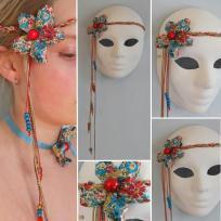 Création bijou de tête 70's avec fleur en liberty Betsy
