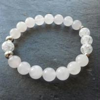 Création d'un bracelet quartz rose et cristal de roche craquelé
