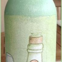 Décoration bouteille de vinaigre en serviettage