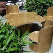 Création de mobilier extérieur en carton