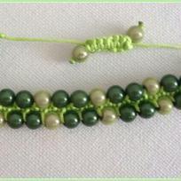Création bracelet graines de petits pois à écosser