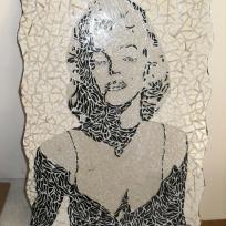 Création Marilyn Monroe en mosaïque : atelier dedett'mozaik