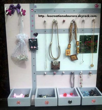 Fabrication d'un porte bijoux en bois de recup