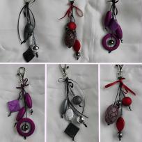 Création de Bijoux de sac en coton ciré et grosses perles