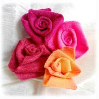 Création roses confectionnées avec de la  feutrine