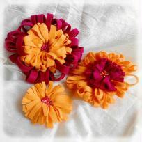 Création de grosses fleurs en feutrine et perles