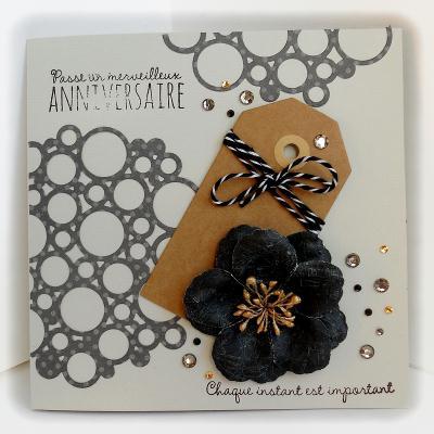 cr ation carte d 39 anniversaire avec une grosse fleur noire cr ation carterie faire part de. Black Bedroom Furniture Sets. Home Design Ideas