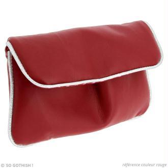 Couture pochette en simili cuir rouge et argent