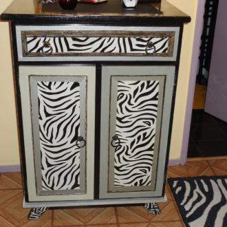 Galerie de sylv art galerie des 31 cr ations loisirs for Meuble zebre