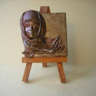 Création Visage drapé sur toile miniature et chevalet peint et verni