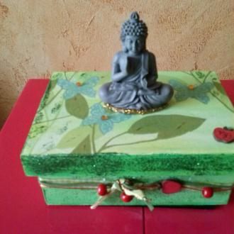 Création boite en bois zen avec un petit bouddha