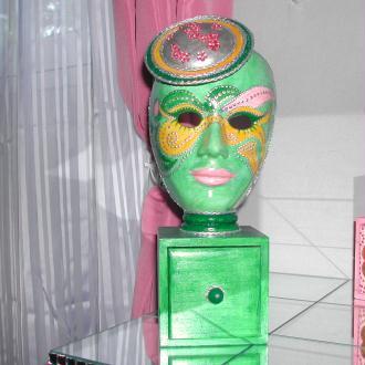 Création Masque boîte à bijoux verte avec tiroir