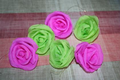 cr ation roses en papier cr pon pour un mariage cr ation d coration de f tes de claire3544 n. Black Bedroom Furniture Sets. Home Design Ideas
