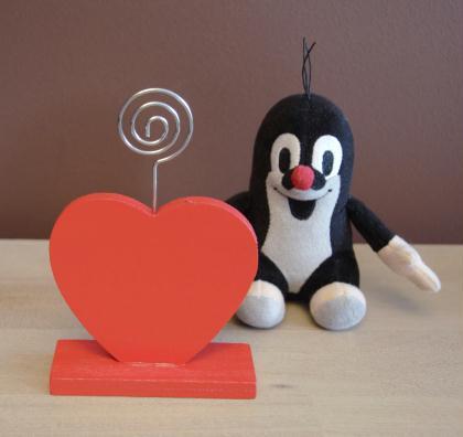 Cr ation porte photos coeur rouge pour la st valentin for Decoration porte st valentin