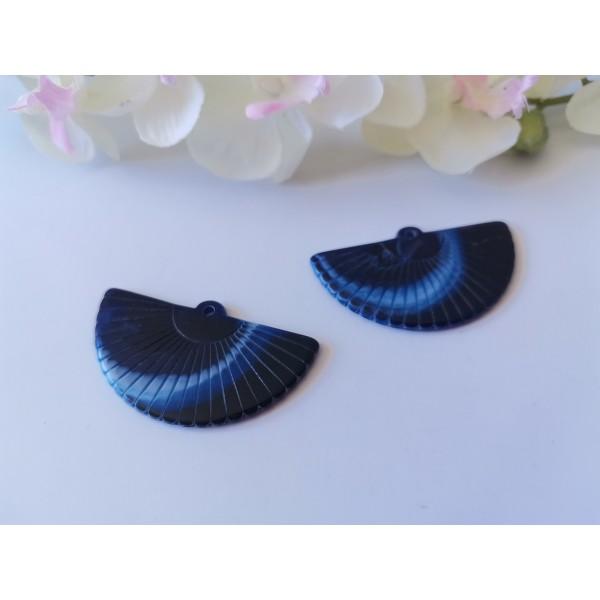Pendentif acrylique éventail 49 mm bleu marine x 2 - Photo n°1