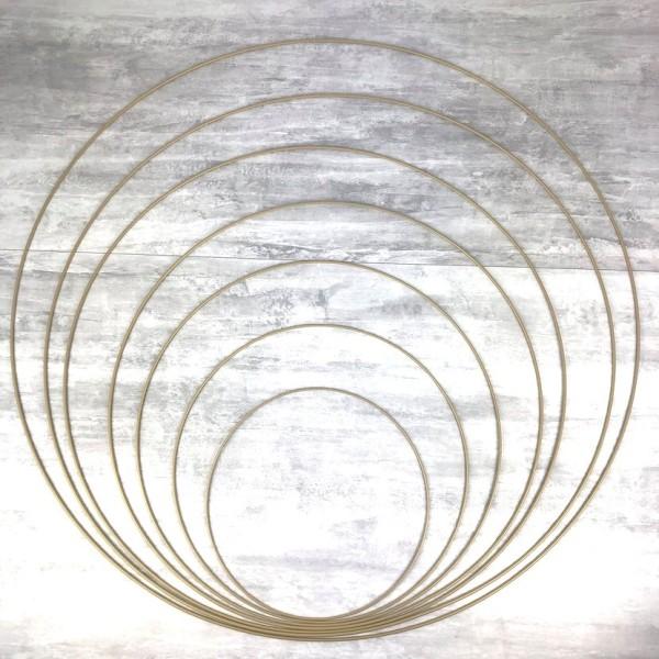 Lot 7 grands Cercles métal Doré ancien Ø 30 cm à 90 cm, Anneaux en Epoxy pour Attrape rêves, abat-jo - Photo n°1