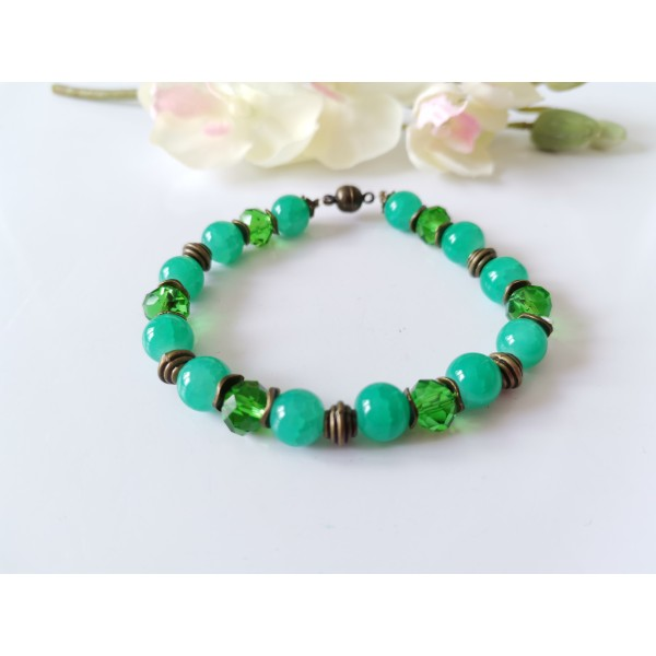 Kit bracelet perles en verre vertes et apprêts bronze - Photo n°1