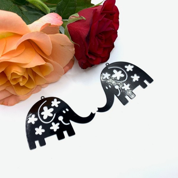2 Pendentifs Elephant Fleuri Noir , Pendentif Tropical, 46*35 mm - Photo n°1