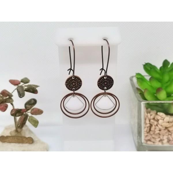 Kit boucles d'oreilles anneaux cuivre rouge et sequin émail blanc - Photo n°1