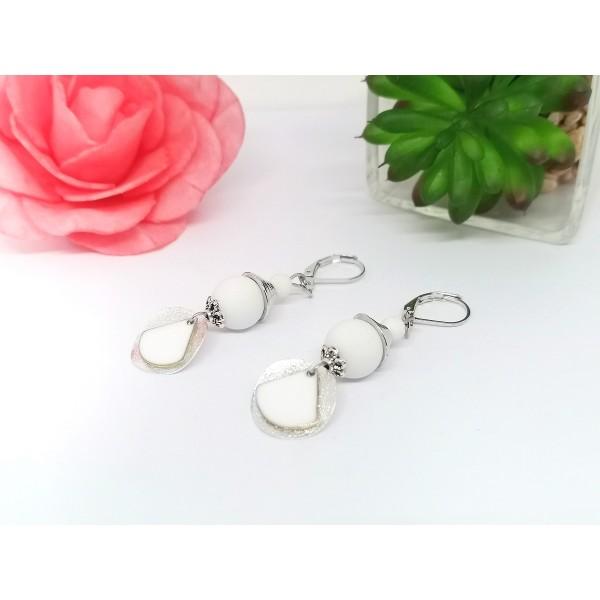 Kit boucles d'oreilles apprêts argent mat et sequin émail blanc - Photo n°2